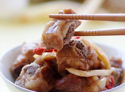 排骨也玩小清新 —— 选对配角的子姜鸡汁蒸排骨