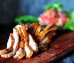 #我们约饭吧#我的萨瓦迪卡灵魂-经典泰式猪颈肉的做法