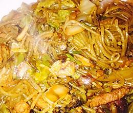 酸菜炒粉条的做法