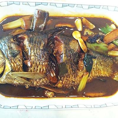 红烧大鲤鱼