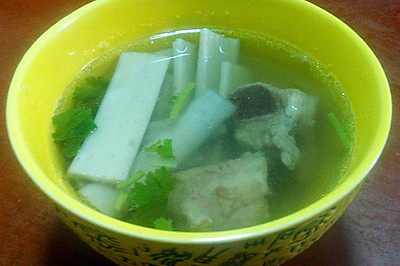 夏季牛蒡排骨汤(2-3人)