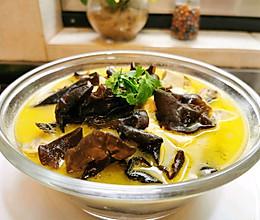 昂刺鱼木耳豆腐汤的做法