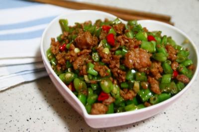 肉沫豆角下饭菜