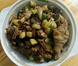 鸡肉香菇炖土豆的做法