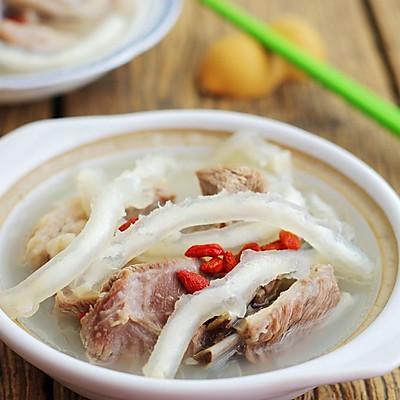 鲟龙鱼筋羊排煲——鱼羊鲜