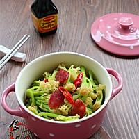 广式腊肠炒花菜#味极鲜味汁#的做法图解12
