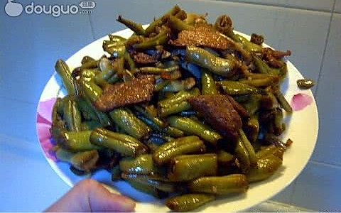 肉片烧芸豆角的做法