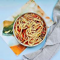 #宅家厨艺 全面来电#家庭版酸辣米线的做法图解5