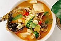 黄骨鱼炖豆腐的做法