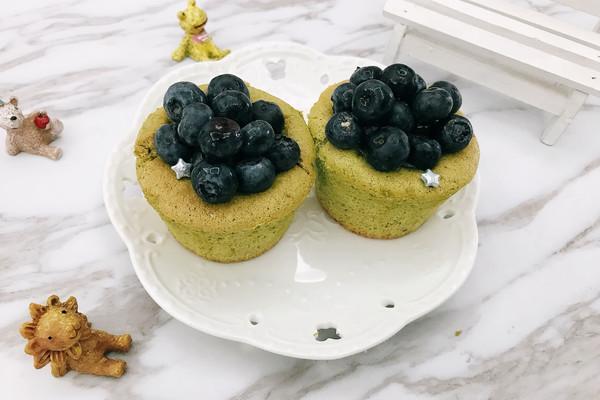 蓝莓抹茶夹馅杯子蛋糕#博世红钻家厨#的做法