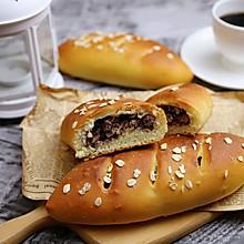燕麦红蜜豆面包#安佳食力召集,力挺新一年#