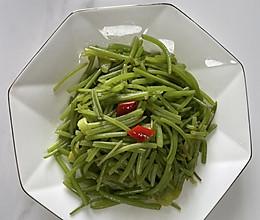 #巨下饭的家常菜#清炒红薯杆的做法