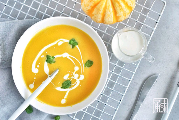 营养不流失,极简版奶油南瓜浓汤的做法