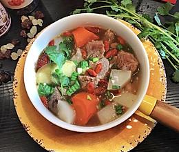暖冬滋补羊汤的做法