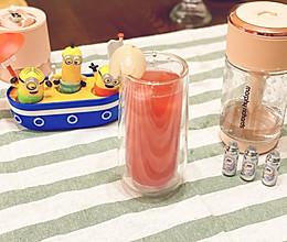 自制夏日清凉西瓜气泡水 低卡超解暑~的做法