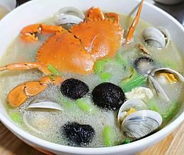 青蟹蛤蜊海鲜米面的做法