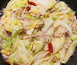 下饭菜❤️手撕包菜炒肉丝的做法
