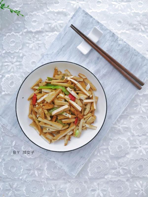 五香豆干炒辣椒#麦子厨房#美食锅的做法