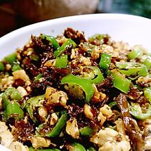 一道被称为下饭神器的菜——鸡米芽菜