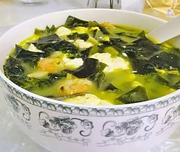裙带菜虾仁豆腐汤的做法