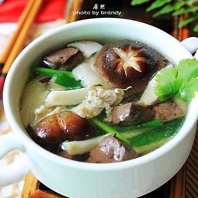 鲜菇猪红汤