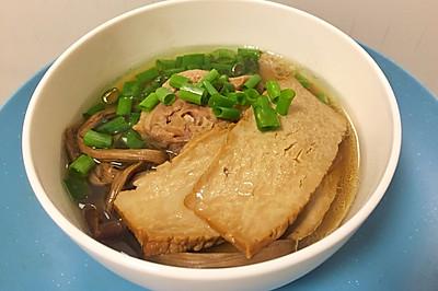 老鸭茶树菇豆干汤