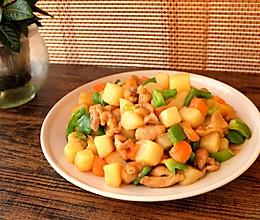 土豆烧鸡腿肉的做法