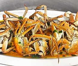 """""""秋风起,蟹脚痒""""又到一年吃蟹季,清蒸螃蟹,满满的都是蟹黄的做法"""
