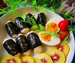 #合理膳食 营养健康进家庭#肉松海苔杂粮小饭团的做法
