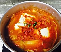 热乎乎的韩式泡菜豆腐锅的做法