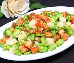 应季|蚕豆瓣春笋炒鸡丁的做法