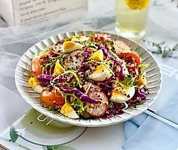 藜麦鸡蛋蔬菜沙拉