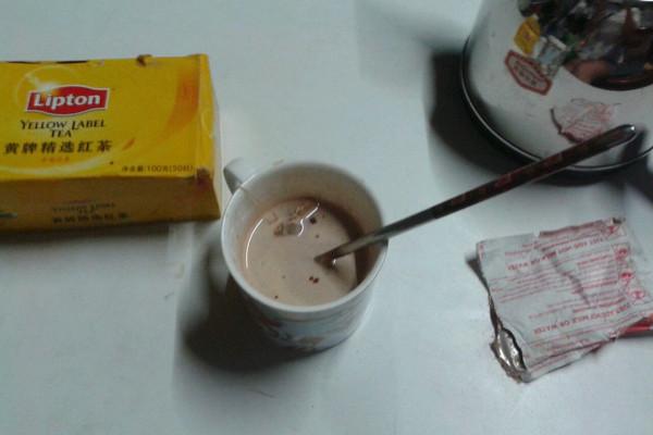 香醇速成奶茶的做法