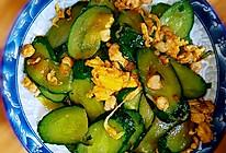 虾仁炒鸡蛋黄瓜的做法