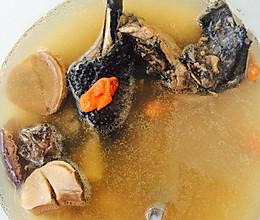 补肾健脾板栗乌鸡汤的做法