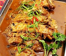 """红红火火、年年有""""鱼""""之新年第一餐---[蒜蓉辣酱烧偏口鱼]的做法"""