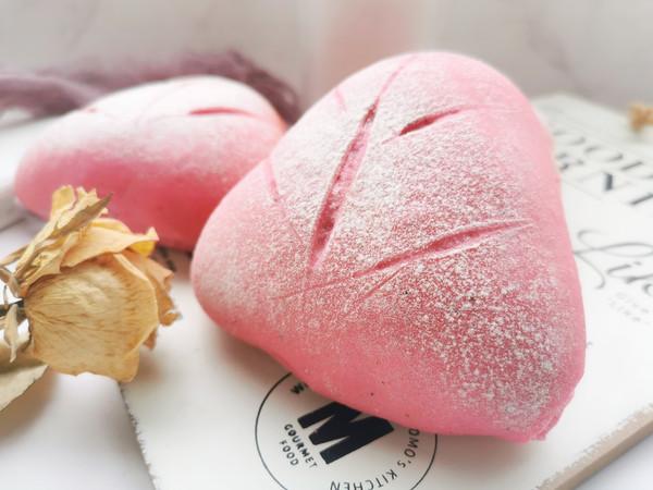 火龙果紫米软欧包的做法