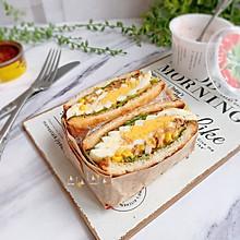 #好吃不上火#鸡蛋金枪鱼三明治