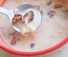 天冷就要吃吃吃-鸡蛋牛奶醪糟的做法