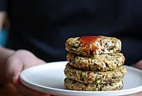 #换着花样吃早餐#简单快手的豆腐米汉堡的做法