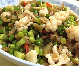 妈妈私房菜--酸辣鱿鱼卷的做法
