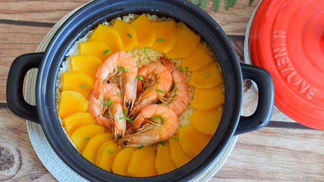 黑乐砂锅焗南瓜饭的做法
