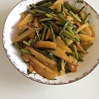 蒜薹炒土豆