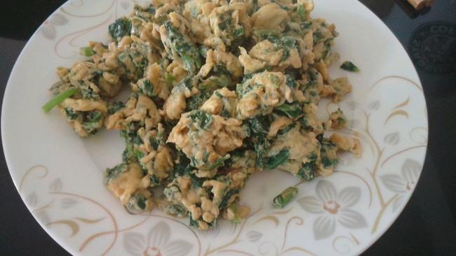 薄荷叶炒鸡蛋的做法