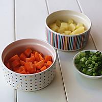 营养早餐【土豆鸡蛋软饼】的做法图解2