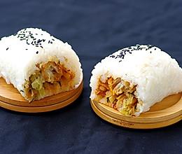 #人人能开小吃店#湖北著名的过早小吃:糯米包油条的做法