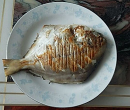 干煎鲳鳊鱼的做法