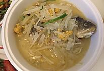 萝卜丝煮鲫鱼汤的做法