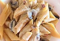 浓稠奶油蘑菇培根通心粉的做法