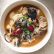 猴头菇竹荪乌鸡汤